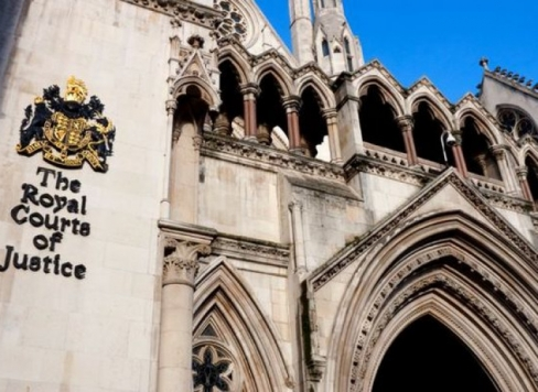 Mazā Alfija Evansa gadījums Londonas apelācijas tiesā – absurda teātra izrāde